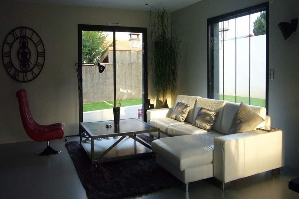Porte-fenêtre coulissante aluminium vue intérieure