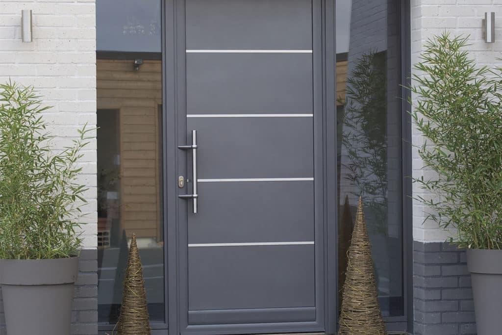 Porte d'entrée mixte bois / alu construction